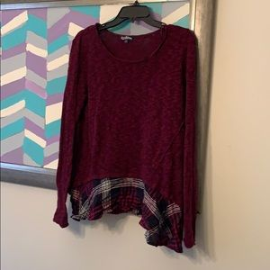 Cute sweater with plaid ruffle XL juniors